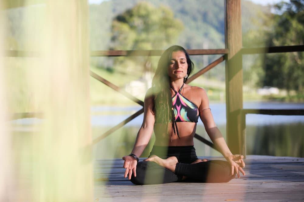 https://krishnavillage-retreat.com/wp-content/uploads/2020/03/yogi1.jpg